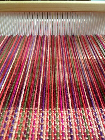 Warp threads in the heddle